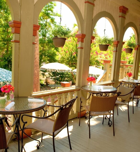 patio with chairs