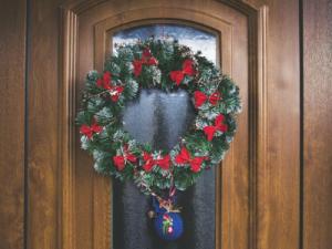 holiday home tours amelia island christmas wreath
